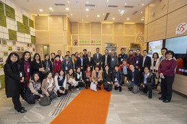 The Macau Liaison Office leads the industry to visit the ISC building in Hong Kong
